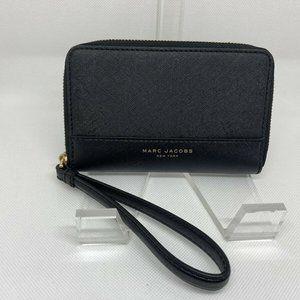 MARC JACOBS | Black Saffiano Leather Zip Wristlet